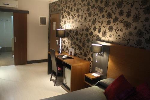 Hotel Regio Cadiz - фото 11