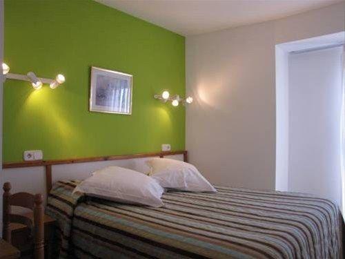 Hotel Nou Estrelles - фото 1