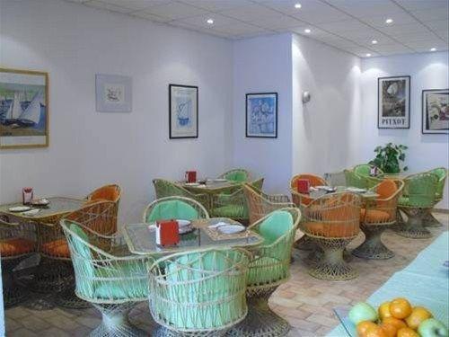 Hotel Nou Estrelles - фото 6