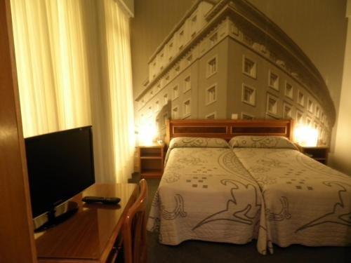Hotel Photo Zabalburu - фото 1