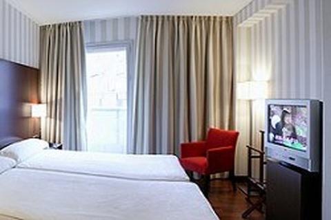 Hotel Zenit Bilbao - фото 2