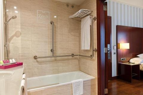 Hotel Zenit Bilbao - фото 7