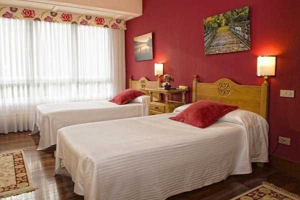Hotel Txaraka - фото 3
