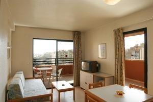 Apartamentos La Caseta - фото 5