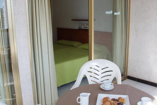 Apartamentos Maria Victoria - фото 2