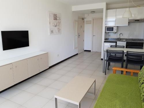 Apartamentos Maria Victoria - фото 4