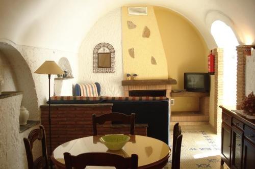Cuevas La Granja - фото 10