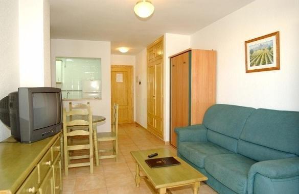 Apartamentos La Fonda - фото 9