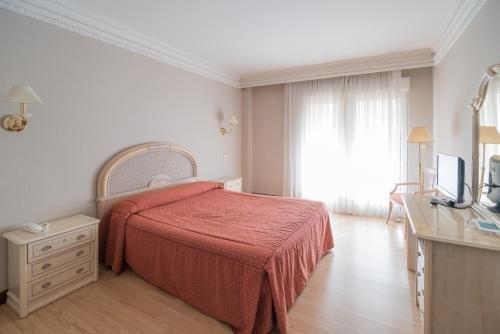 Hotel Colon Spa - фото 4