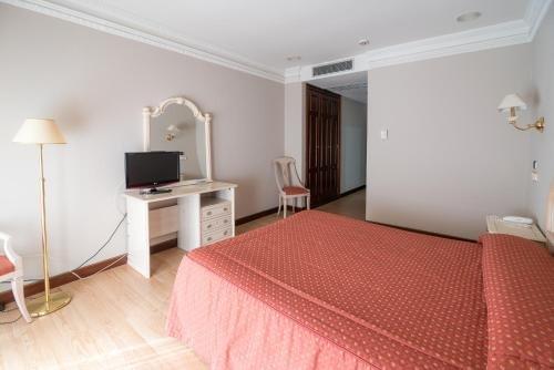 Hotel Colon Spa - фото 6