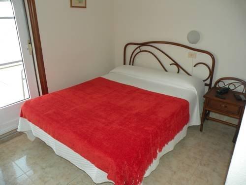 Hotel Rompeolas - фото 3
