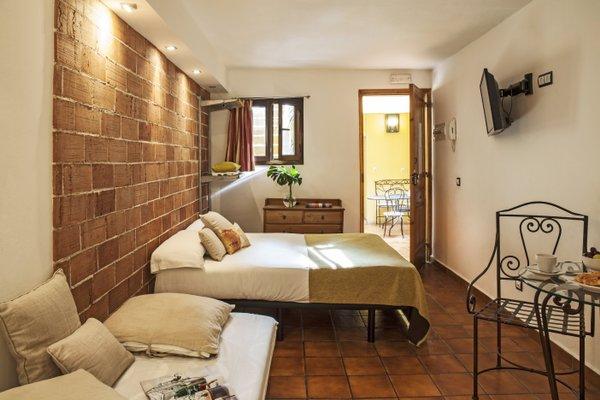 AinB Las Ramblas-Guardia Apartments - фото 1
