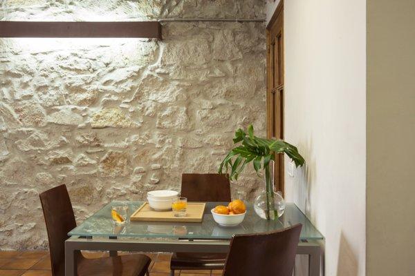 AinB Las Ramblas-Guardia Apartments - фото 23