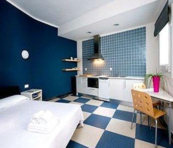 Chic & Basic Urquinaona Apartments - фото 2