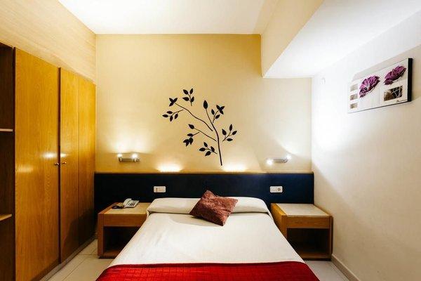 Hotel Travessera - фото 1