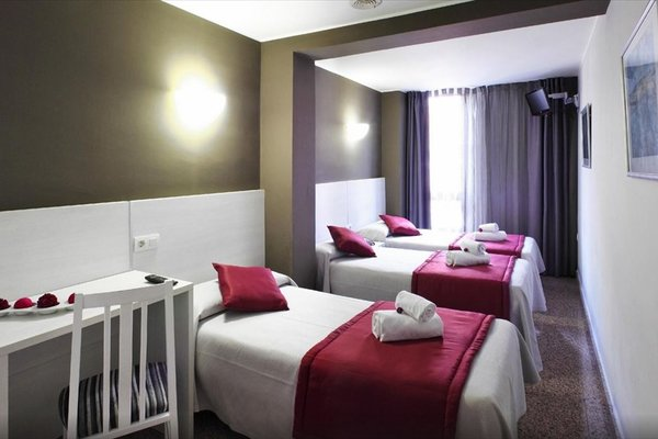 Hotel Nuevo Triunfo - фото 1