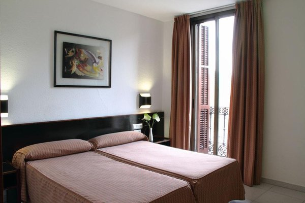 Hotel Medium Monegal - фото 2