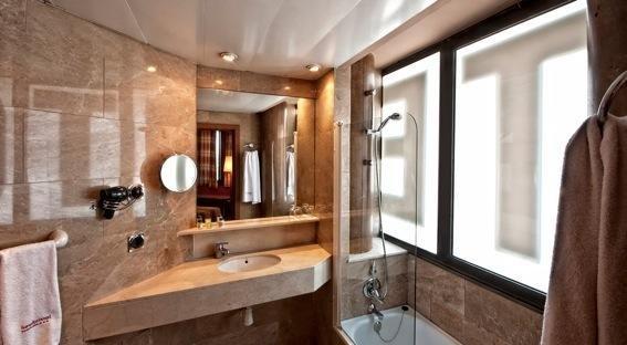 Hotel Aristol - Sagrada Familia - фото 8