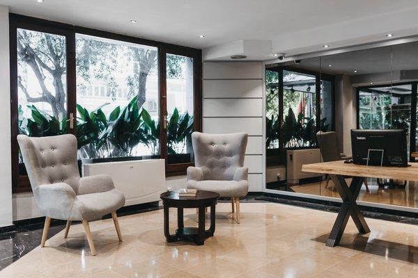 Arenas Atiram Hotels - фото 3