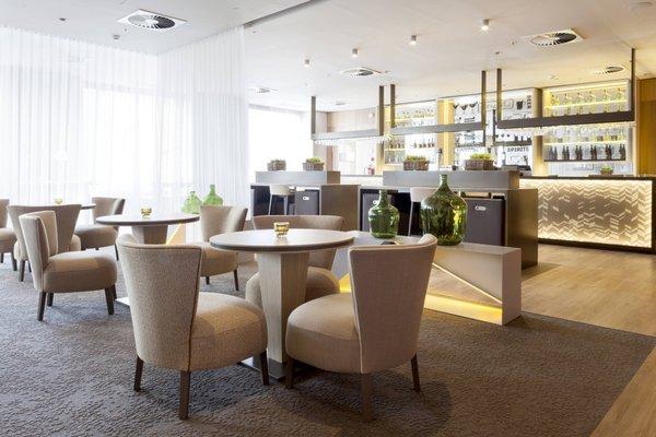 AC Hotel Diagonal L´Illa, a Marriott Lifestyle Hotel - фото 6