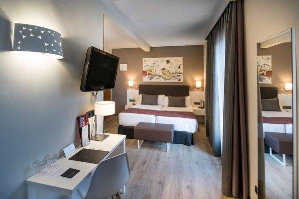 Отель Catalonia Castellnou - фото 5