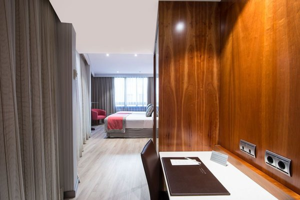 Отель Catalonia Barcelona 505 - фото 8