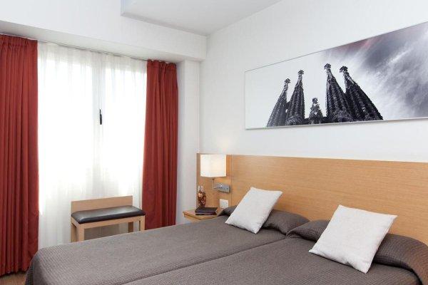 Hotel Sagrada Familia - фото 4