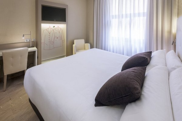 Hotel Serhs del Port - фото 2