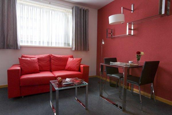 Aparthotel Atenea Barcelona - фото 10