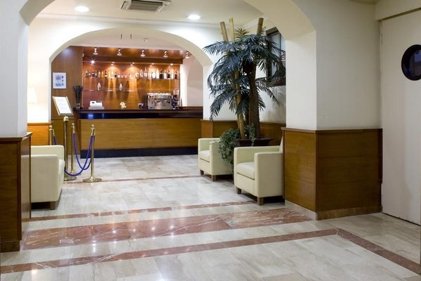 Hotel Oasis - фото 18