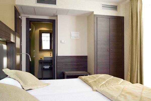 Hotel Oasis - фото 2
