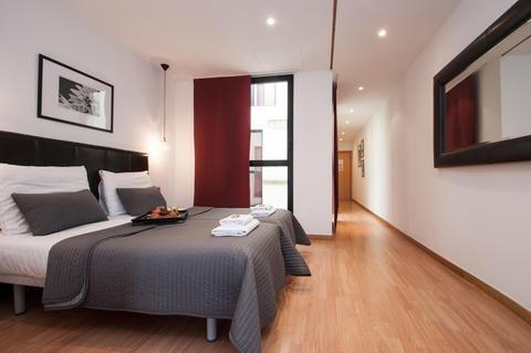 Liceu Apartments - фото 1
