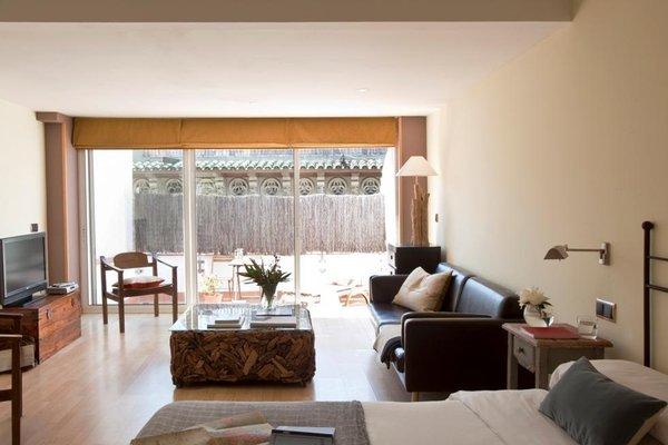 AinB Las Ramblas-Colon Apartments - фото 10