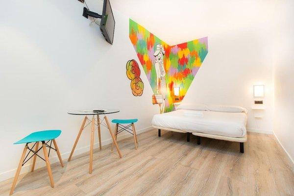 AinB Las Ramblas-Colon Apartments - фото 11
