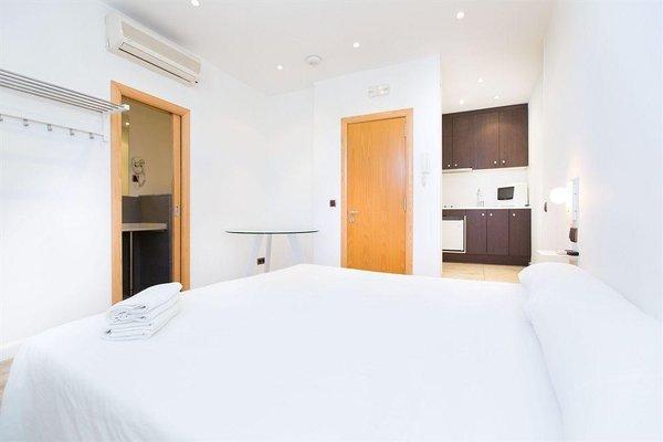 AinB Las Ramblas-Colon Apartments - фото 3