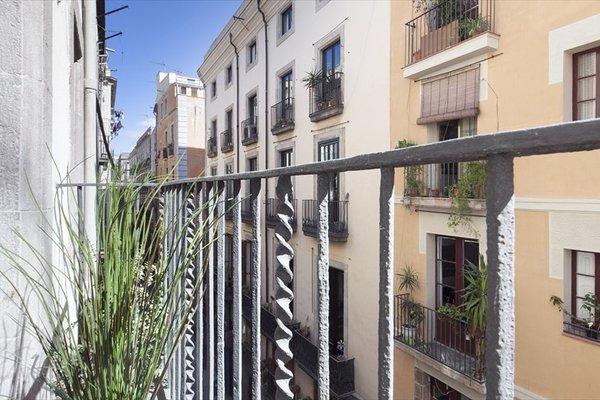 Inside Barcelona Apartments Esparteria - фото 23