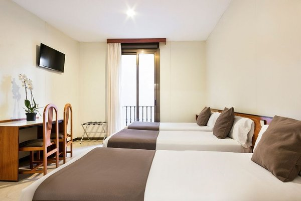 Hotel Condal - фото 1