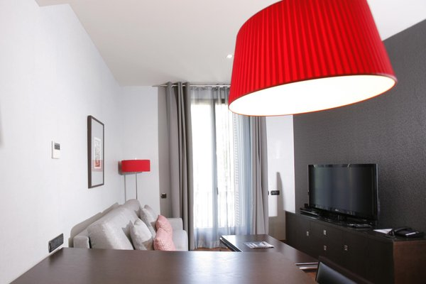 Suites Center Barcelona - фото 8