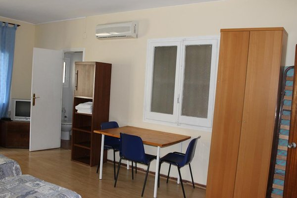 Hostal Ribagorza - фото 11