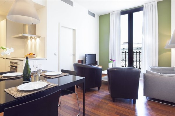 Inside Barcelona Apartments Mercat - фото 19