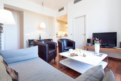 Inside Barcelona Apartments Mercat - фото 3