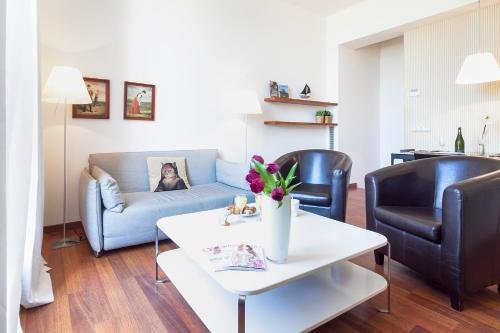 Inside Barcelona Apartments Mercat - фото 9