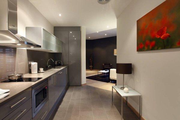 Fisa Rentals Gran Via Apartments - фото 16