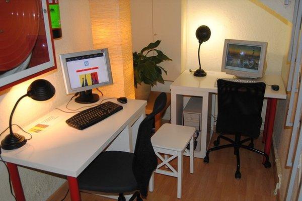 Хостел Albergue Studio - фото 7