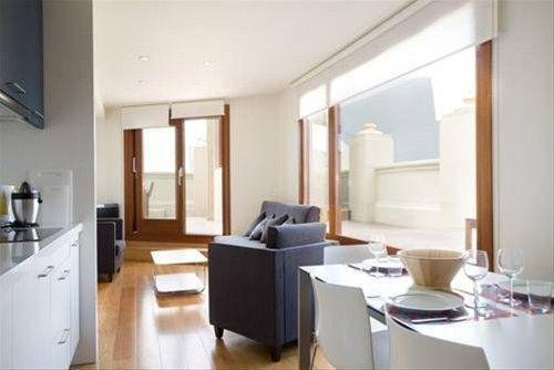 Las Ramblas Suites - фото 3