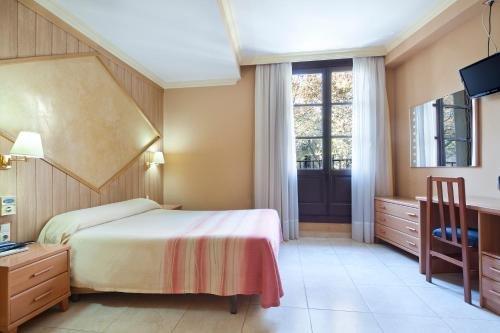 Hotel Fornos - фото 1
