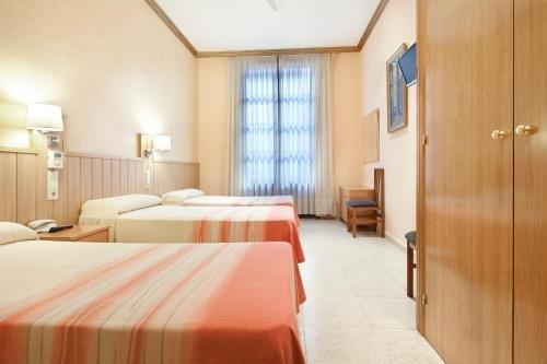 Hotel Fornos - фото 2