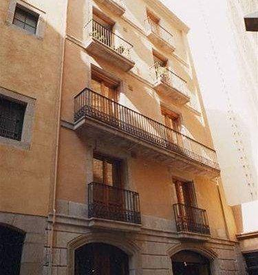 Apartaments St. Jordi Comtal - фото 21