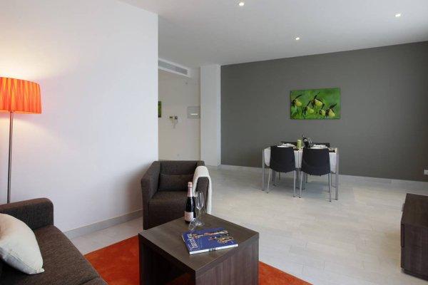 Fisa Rentals Les Corts Apartments - фото 7