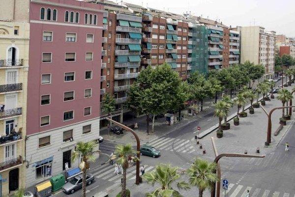 Serennia Apartamentos Sants - фото 23